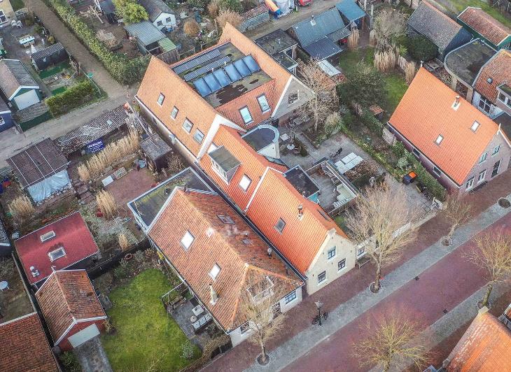 Singlereis Vlieland - groepsaccommodatie Torenzicht luchtfoto - Waddenhop