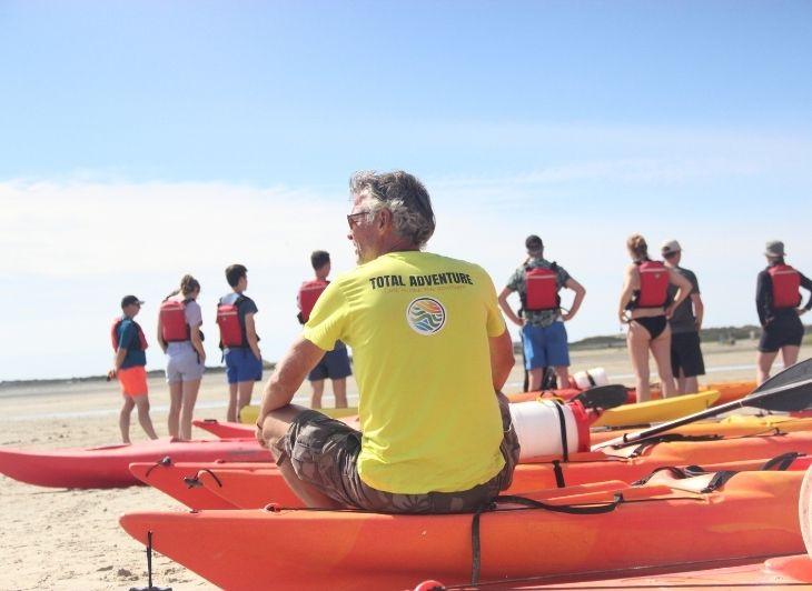 Vacature reisbegeleiding - Ed op een kano - Waddenhop
